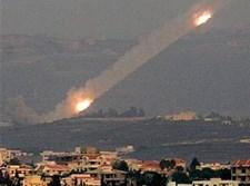 קטיושה של חיזבאללה מלבנון לכיוון ישראל. צילום ארכיון