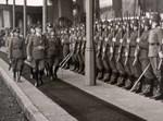 הצורר אדולף היטלר