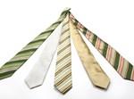 איך קושרים עניבה?