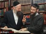 מרדכי בן דוד ואברהם פריד בראיון. צילום: ישראל ברדוגו, שטורעם.נט