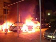רכב עולה באש. צילום אילוסטרציה