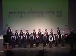מקהלת 'פרחי שדרות' מופיעה באירוע. צילום: עיריית אשקלון