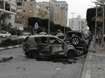מכונית שנפגעה מטיל גראד באשדוד. צילום: הגולש בעל_המאה