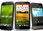 HTC One X (במרכז) יחד עם אחיו הקטנים  צילום: HTC