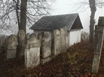 רומניה, שטפנשט, קברים