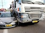 תאונת משאית. צילום: הצלה גוש דן