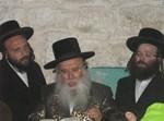"""הרב ברגר לצד אביו האדמו""""ר ממישקאלץ"""