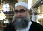 המטיף עומר אבו שרה במסגד אל-אקצא