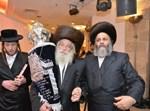 """האדמו""""ר מספינקא ירושלים בריקוד עם סה""""ת"""