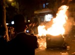הפגנה ושריפת פחים בכיכר השבת