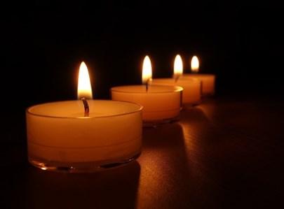 נרות, נר, פטירה, נפטר, נר נשמה, נרונים, טרגדיה, אסון