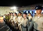 חיילים בכותל ביום הזיכרון