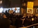 הפגנה מול בית משה גפני על רקע חוק הגיוס