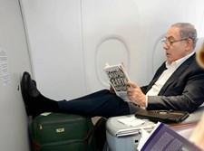 ראש הממשלה נתניהו בטיסה
