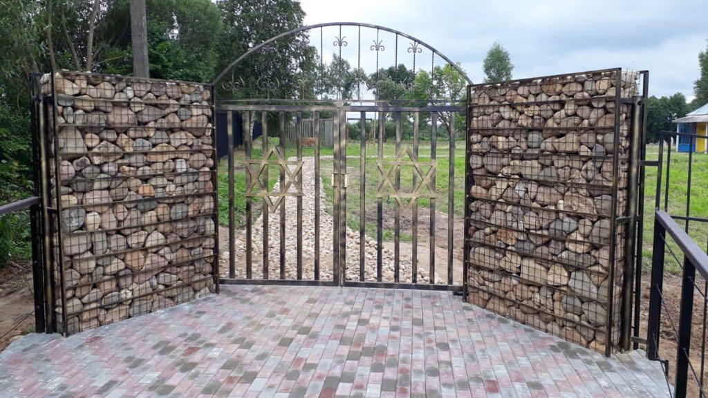 חזית בית העלמין ליובאוויטש