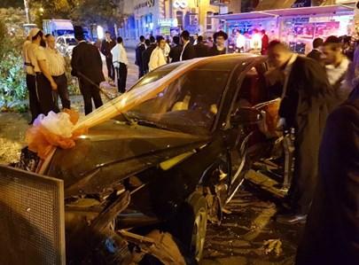 רכב שנכנס בהדר גאולה בירושלים