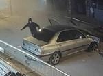נהג נמלט לאחר תאונה מהרכב שגנב
