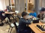 ילדים בחוג השחמט של יד לאחים