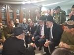 ניחום אבלים אצל משפחת החייל יוסף כהן