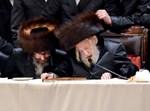 הרבי מסקולען ובנו רבי ישעיה יעקב פורטוגל