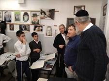 """רמי גרינברג בביקור בת''ת ברכת יעקב בפ""""ת"""