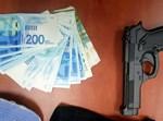 אקדח וכסף משוד ברמת שלמה