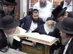 """הגר""""ח עם חברי בד""""ץ שארית ישראל"""