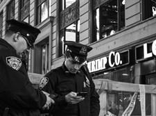 שוטרים ברחובות ניו יורק