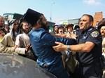 עימותים עם שוטרים בפורים בבית שמש