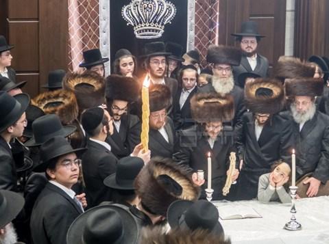 הרבי מסקולען לייקווד במוצאי שבת הכתרה