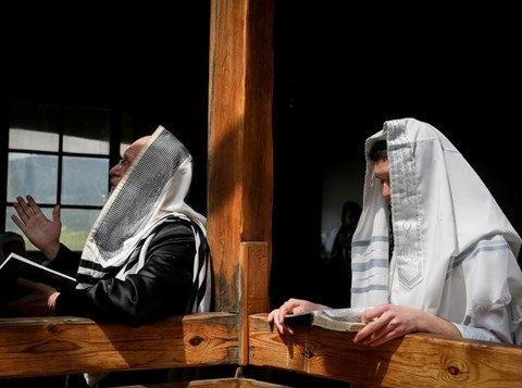 הלל של חול המועד פסח בקהילת קדיתא