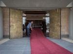 הכניסה למבנה הכנסת