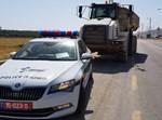 משאית שהוחרמה מבן 17 שנהג ללא רישיון מתאים
