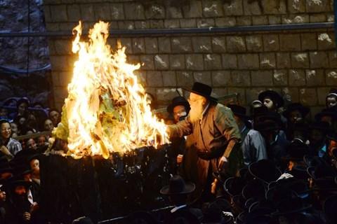 ההדלקה בתולדות אהרן בירושלים