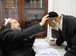 הצלם ברוך אוביץ מתברך אצל גדולי ישראל