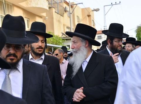 """הלווית איש החסד הרב יצחק גורי ז""""ל משיכון ה'"""