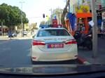 ניידת המשטרה מתוך מצלמת הרכב