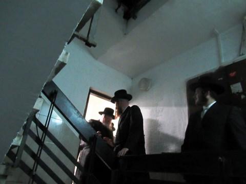 הרבי מקאליב בביקור חיזוק באשדוד