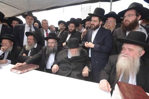 """מסעו של הגר""""ח קנייבסקי בירושלים"""