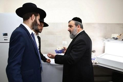 יהודה בוטבול בביקור במכון המצוות התלויות בארץ