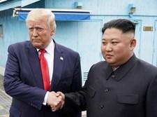 טראמפ וקים בפגישתם היום