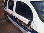 ניידת משטרה שהותקפה בהפגנת האתיופים
