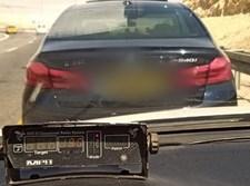 רכב נתפס נוהג במהירות מופרזת