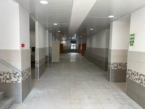 המבנה החדש שהכשירה העירייה ל'דרך ישרים' ברחוב טרומפלדור