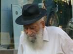 """הישיש ר' אבא הלפרין ז""""ל"""