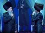 מרדכי בן דוד ומוטי שטיינמץ בהופעה
