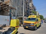 פועל בן 40 נהרג באתר בנייה ברעננה