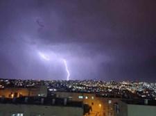 ברקים בירושלים מוצאי חג ראשון של סוכות