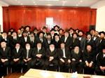 הרבנים בכינוס על סרבני הגיטין. (באדיבות המצלם)