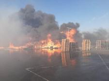 שריפת ענק בחצר מפעל בצומת להבים